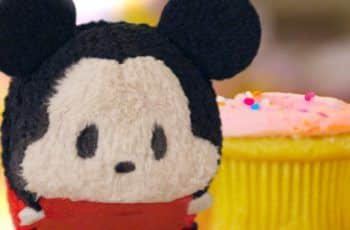 Mickey Mouse Plush Starts Cupcake Battle | Tsum Tsum Kingdom Episode 3 | Disney