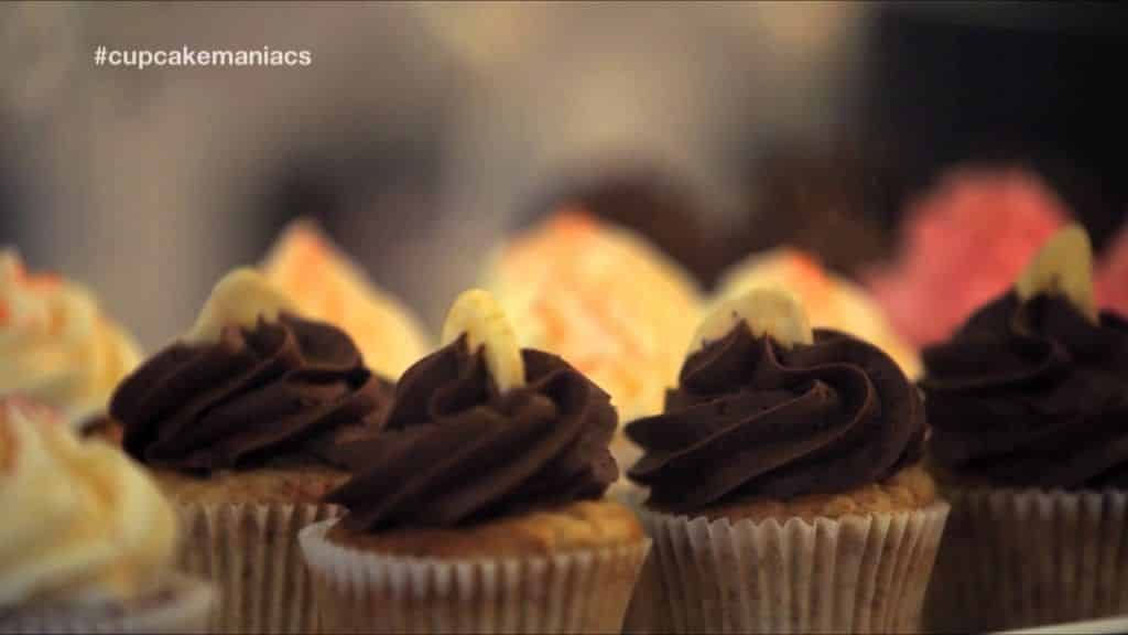 Cupcake Maniacs 1: Cupcakes de chocolate 2 [youtube https://www.youtube.com/watch?v=WNNQytzWX9E&w=580&h=385] Vídeo do Canal Azucarera, publicado em 2013-09-06 07:30:51 e com 572057 views Caso queira Vivendo de Brigadeiro
