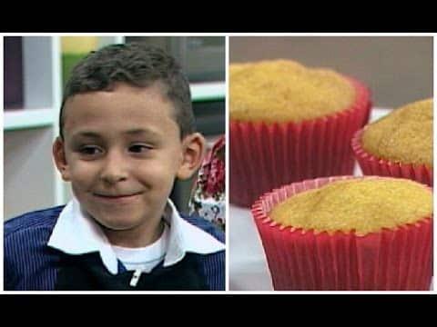 SEMPRE FELIZ - 'Minichef' ensina receita de cupcake de cenoura 4 Vídeo do Canal Rede Super de Televisão no Youtube, publicado em 2015-10-15 13:48:49 e com 161 views Vivendo de Brigadeiro