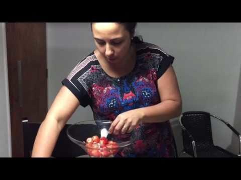 Torta na taça com morango, chocolate e suspiros. 4 Vídeo do Canal Jaquelini Nascimento no Youtube, publicado em 2016-09-24 13:44:14 e com 250 views Vivendo de Brigadeiro