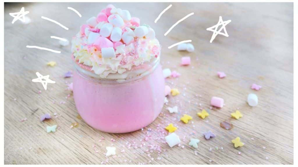 Unicorn Hot Chocolate | DIY | Noodlerella 4 <p> Vídeo do Canal Noodlerella no Youtube, publicado em 2017-01-21 16:49:21 e com 158743 views</p>  Vivendo de Brigadeiro