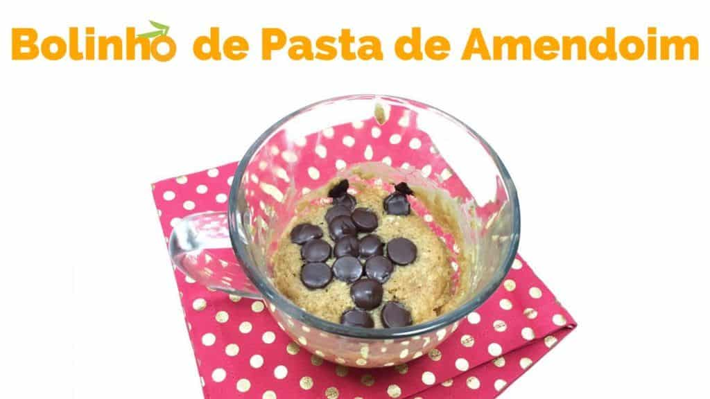 Receita: Como Fazer Bolo de Caneca de Pasta de Amendoim no Microondas