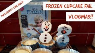 Frozen Cupcake Fail - Vlogmas December 4th