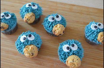 "Cupcakes de chocolate ""Monstruo come galletas"""