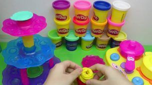 Play Doh Ice Cream and Cake and Cupcake Maker - Disney Frozen Play-doh Sparkle Snow Dome