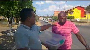 José Natal pedala 30 km por dia para vender doces em Bom Jesus do Itabapoana/RJ