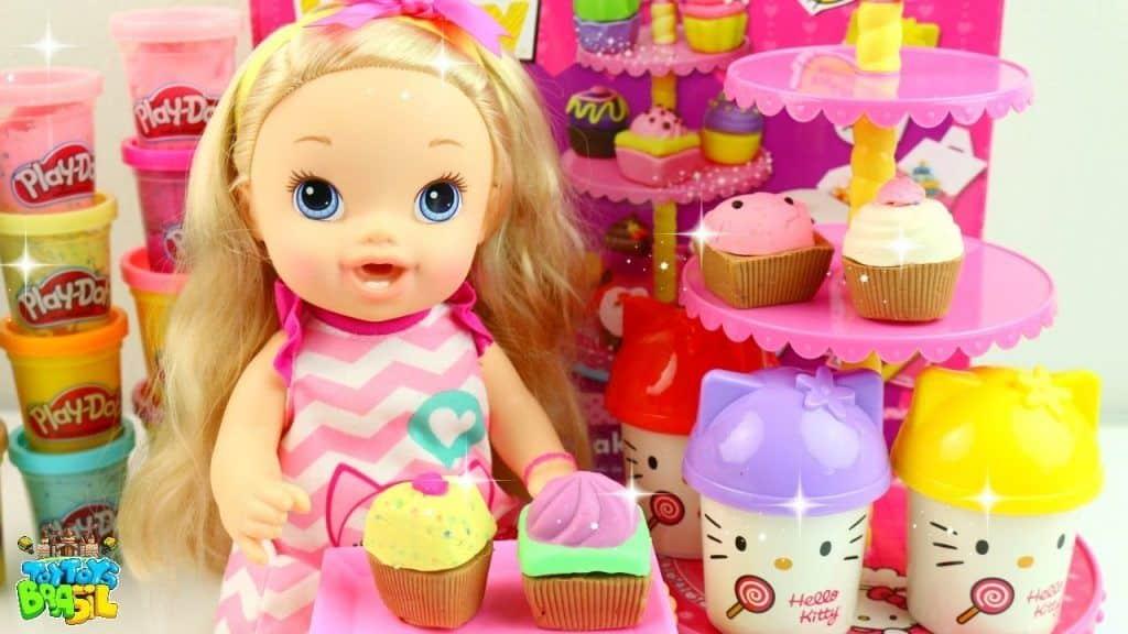 Play-Doh Massinha de Modelar de Cupcake da Hello Kitty Para Baby Alive Nina