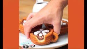 Prepara unos Ricos Churros Rellenos de Chocolate derretitdo | RECETA COMPLETA | Bien tasty.net
