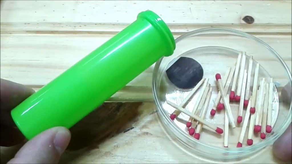 Reaproveitando Embalagem de M&Ms - Faça algo útil !