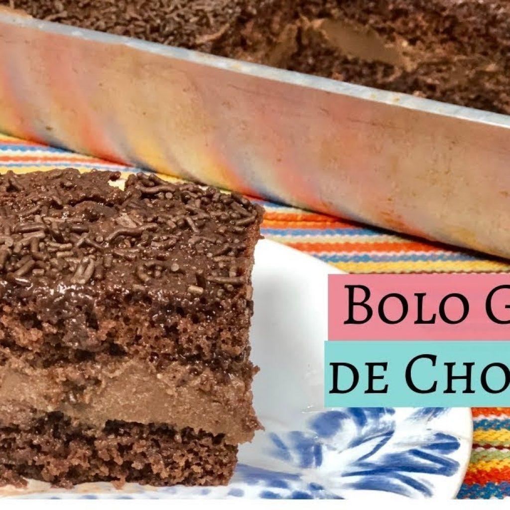 BOLO GELADO DE CHOCOLATE BEM MOLHADINHO - CHEF LÉO OLIVEIRA