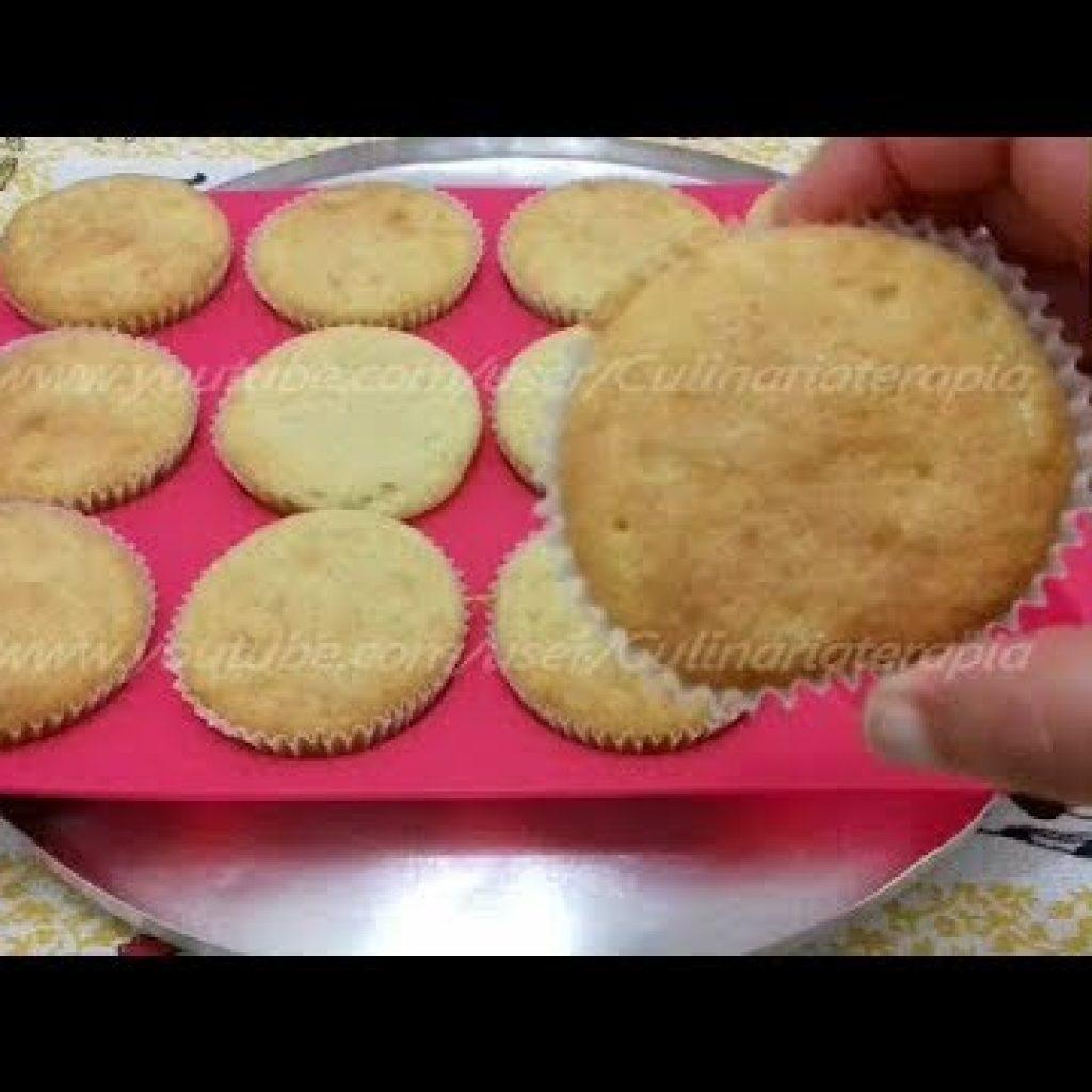 Massa para Bolo Cupcake Fofinho Fácil e Rápido - Dine e Zinha Culinariaterapia