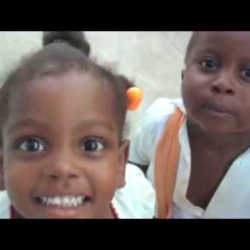 Missão Belém - Força Haiti - Trufas - Apadrinhamento 1 Quer assistir um pouco mais destas receitas já disponibilizadas,  vivendo de brigadeiro Vivendo de Brigadeiro
