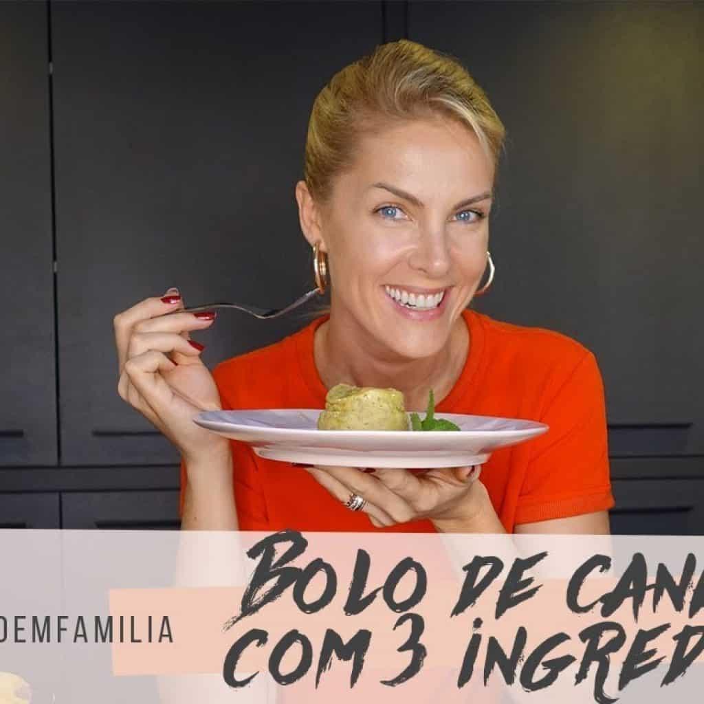 COZINHANDO EM FAMÍLIA - BOLO DE CANECA DE BANANA | ANA HICKMANN