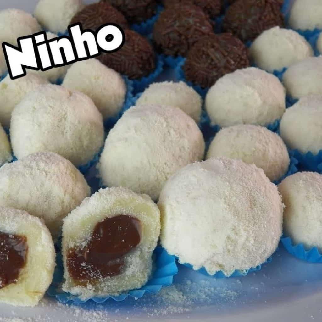 BRIGADEIRO DE LEITE NINHO TRADICIONAL E RECHEADO COM TRUFA - Bru na Cozinha 1 Tem vontade de ver + das receitas que estão disponibilizadas, visite Vivendo de Brigadeiro