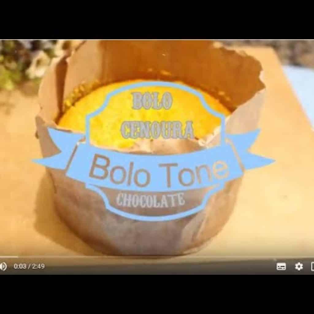 BoloTone - Bolo na Embalagem de Panetone - Bolo de Cenoura Fofinho  Receitas da Amélia