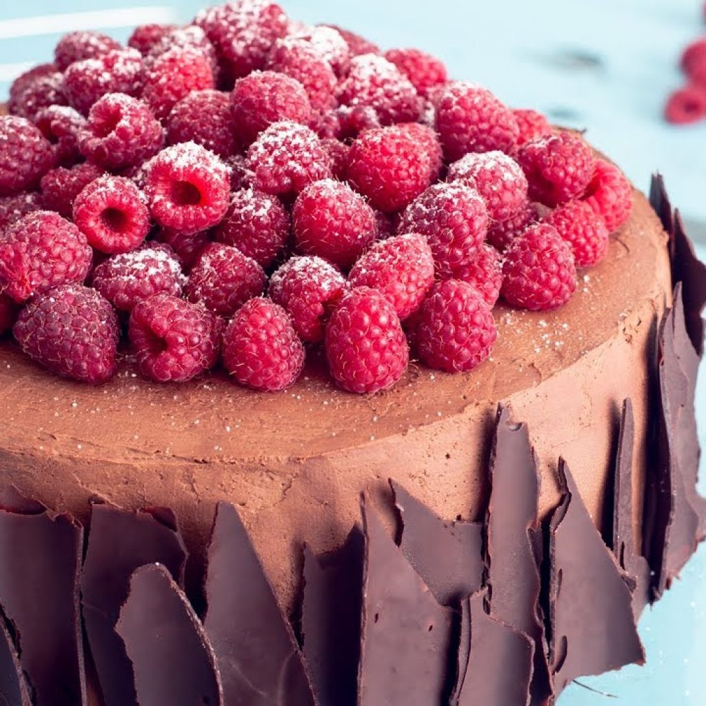 Bolo De Chocolate Framboesa 1 Gostaria de ver mais das receitas que estão publicadas, clique aqui Vivendo de Brigadeiro