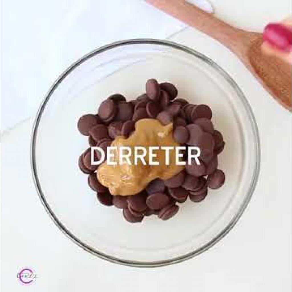 Trufa de chocolate 1 Gostaria de aprender mais destas receitas que foram disponibilizadas, acesse agora Vivendo de Brigadeiro