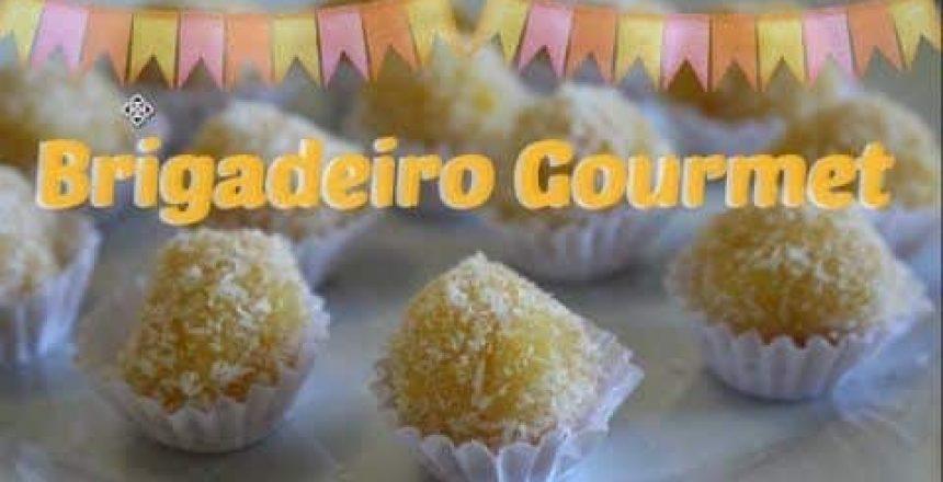 BRIGADEIRO DE MILHO COM COCO| Amélia Moderna