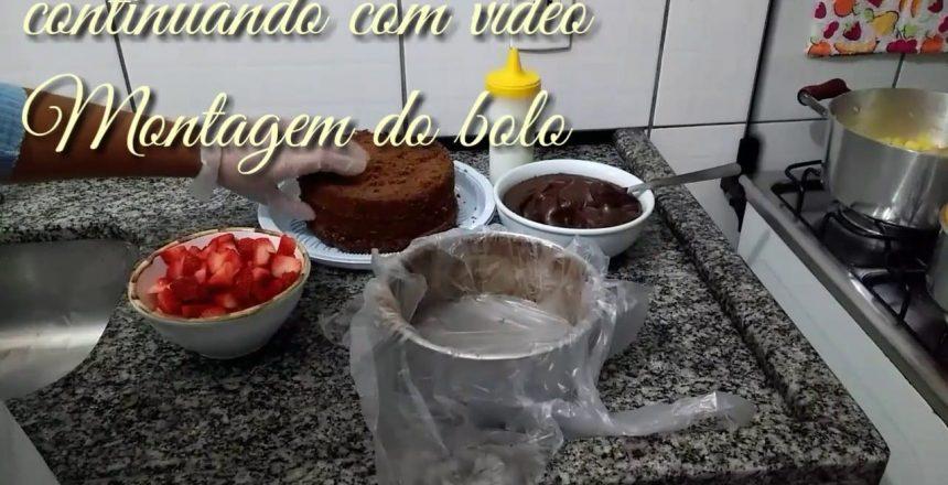 Bolo brigadeiro gourmet com Morango ( recheio e montagem )