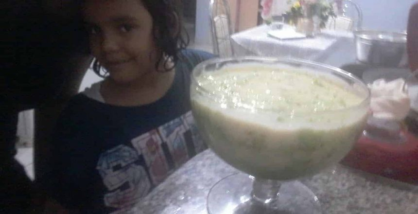 Como fazer bolo Verde Com Mousse de Limão na Taça grande?