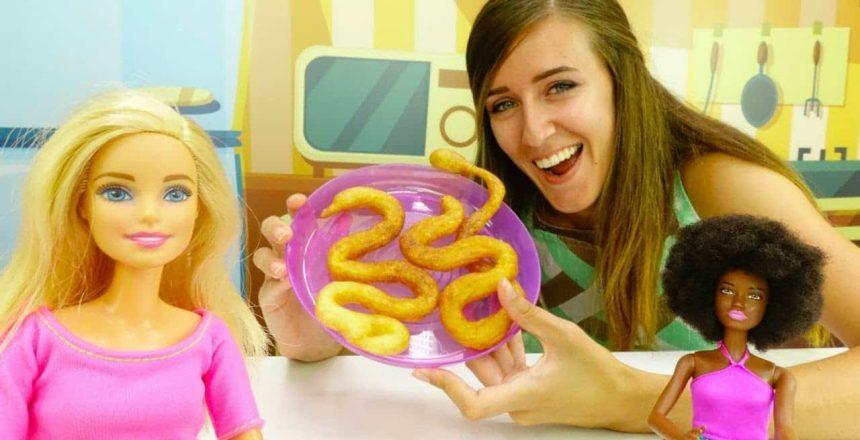 Cómo hacer Churros. Cocina para niños con Barbie y Kara.