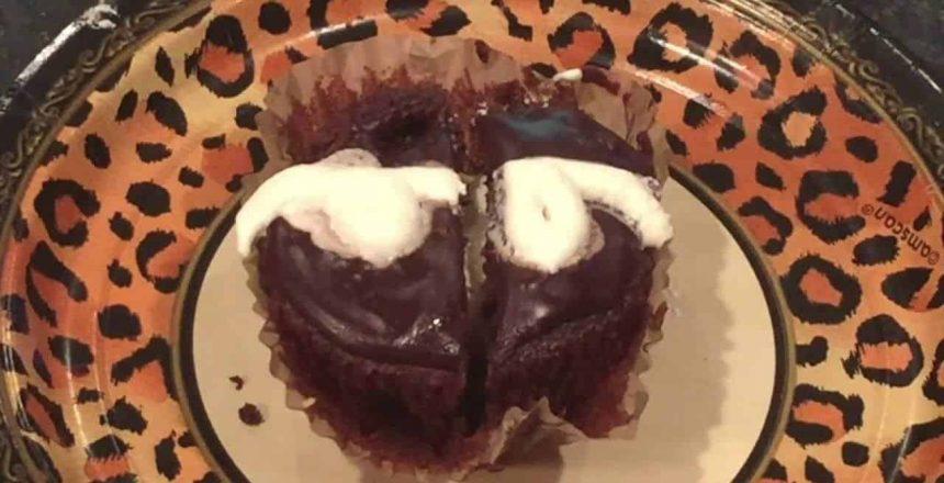 Cupcakes De Chocolate Rellenos De  Crema De Marshmallows A Mi Estilo Boricua