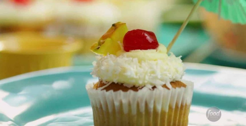 Cupcakes de Piña Colada   Recetas Fáciles - Food Network Latinoamérica
