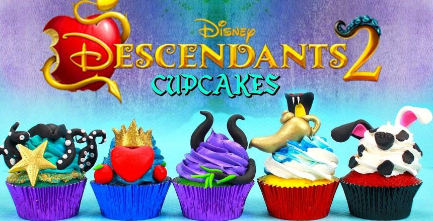 DESCENDANTS 2 CUPCAKES (UMA,EVIE,MAL,JAY AND CARLOS)