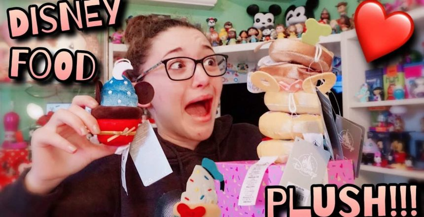 Disney Cupcake & Donut Mirco Plush Review & Unboxing!///Disney Treats