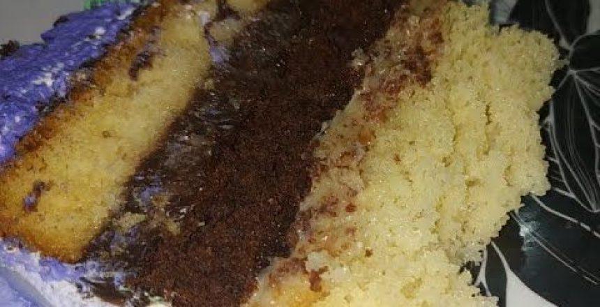 Dois sabores de massa no mesmo bolo PRINCESA SOFIA