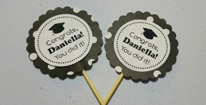 Graduation Cupcake Toppers - How-to-Video