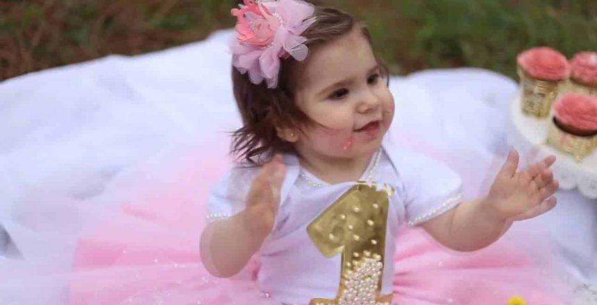 Lívia Smash The Cupcake