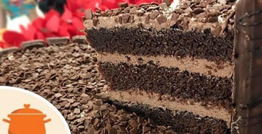 Massa-de-Chocolate-Para-Bolo-de-Aniversário-Receita-fácil.jpg