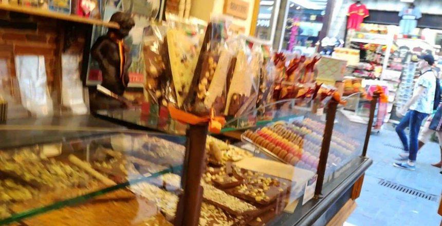 Tienda-de-Chocolates-Bruselas-Bélgica.jpg