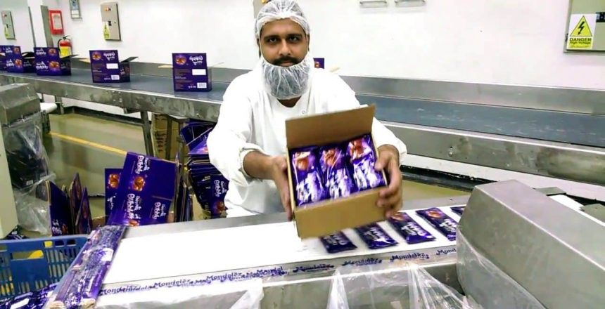 caixa-de-chocolates-Cadbury-leite-lácteo-Paquistão.jpg