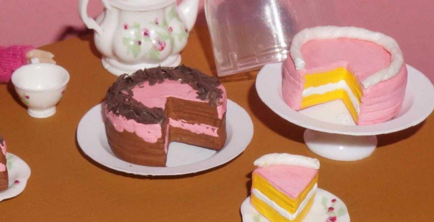 como-fazer-bolo-para-bonecas-barbie-e-outras-miniatura.jpg