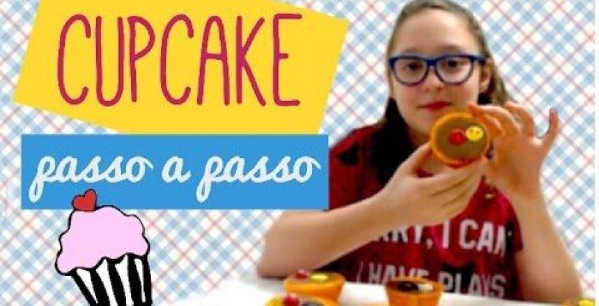 como-fazer-o-melhor-cupcake-de-cenoura-do-mundo.jpg