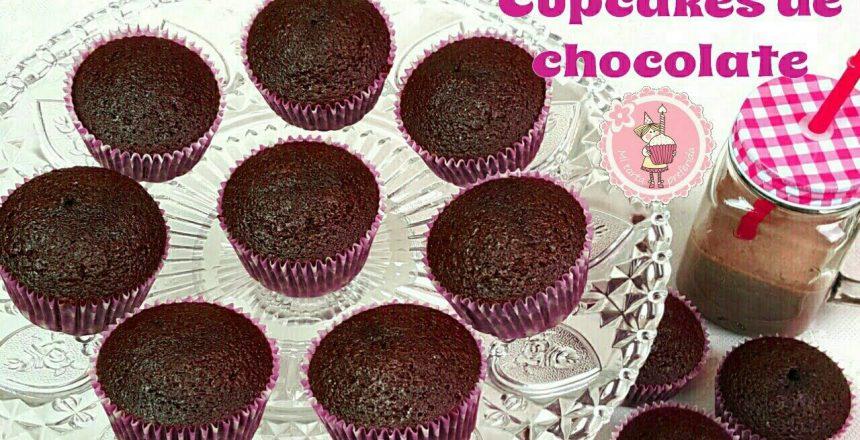 como-hacer-cupcakes-de-chocolate-mi-tarta-preferida.jpg
