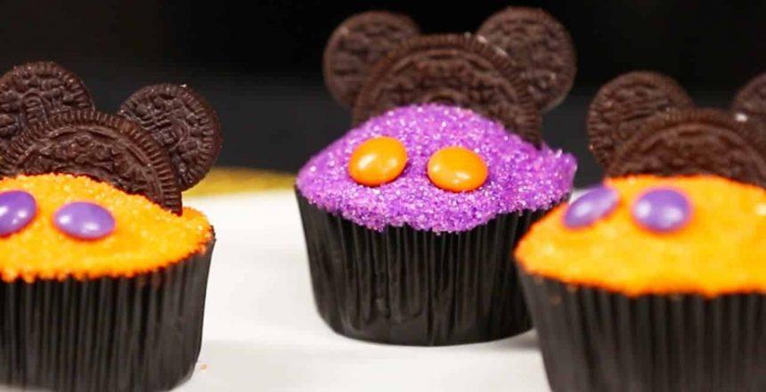mickey-mouse-halloween-cupcake-decorating-disney-family.jpg