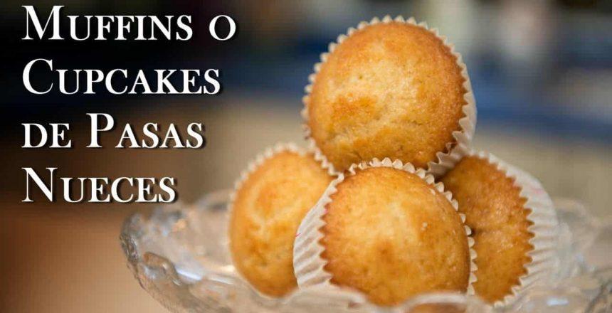 Muffins o Cupcakes de Pasas Nueces y Especies con Frosting de Chocolate