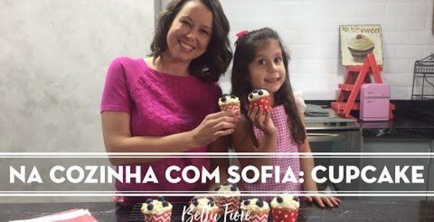 Na Cozinha Com Sofia: Cupcake De Baunilha Com Mirtilos E Cobertura De Cream Cheese