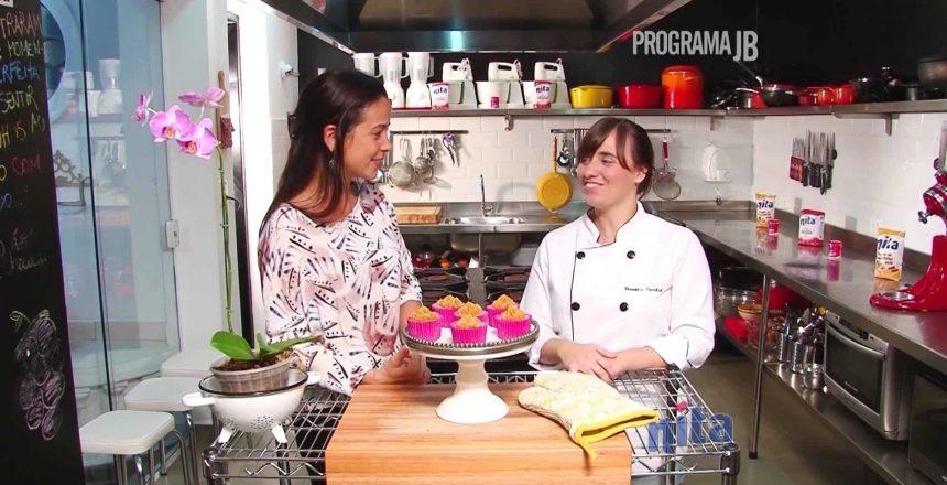 sabores-santistas-ep-10-veronica-frenkiel-cupcake-de-churros.jpg